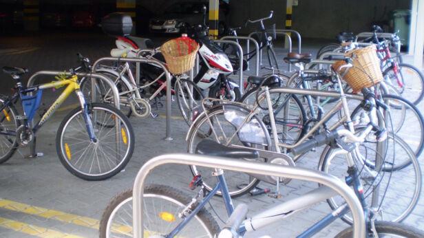 fot. ZTM/ parking rowerowy przy Wilanowskiej