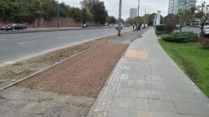 Droga rowerowa wzdłuż Towarowej i Okopowej załapała opóźnienie