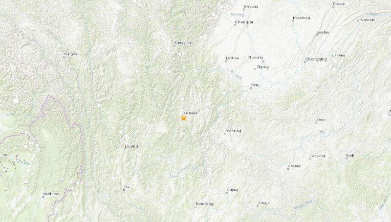Epicentrum trzęsienia ziemi w Chinach (USGS)
