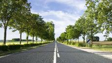 Sucho i słonecznie na drogach