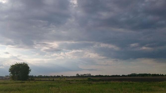 Prognoza pogody na dziś: czasem słońce, <br />czasem deszcz. Lokalnie burze